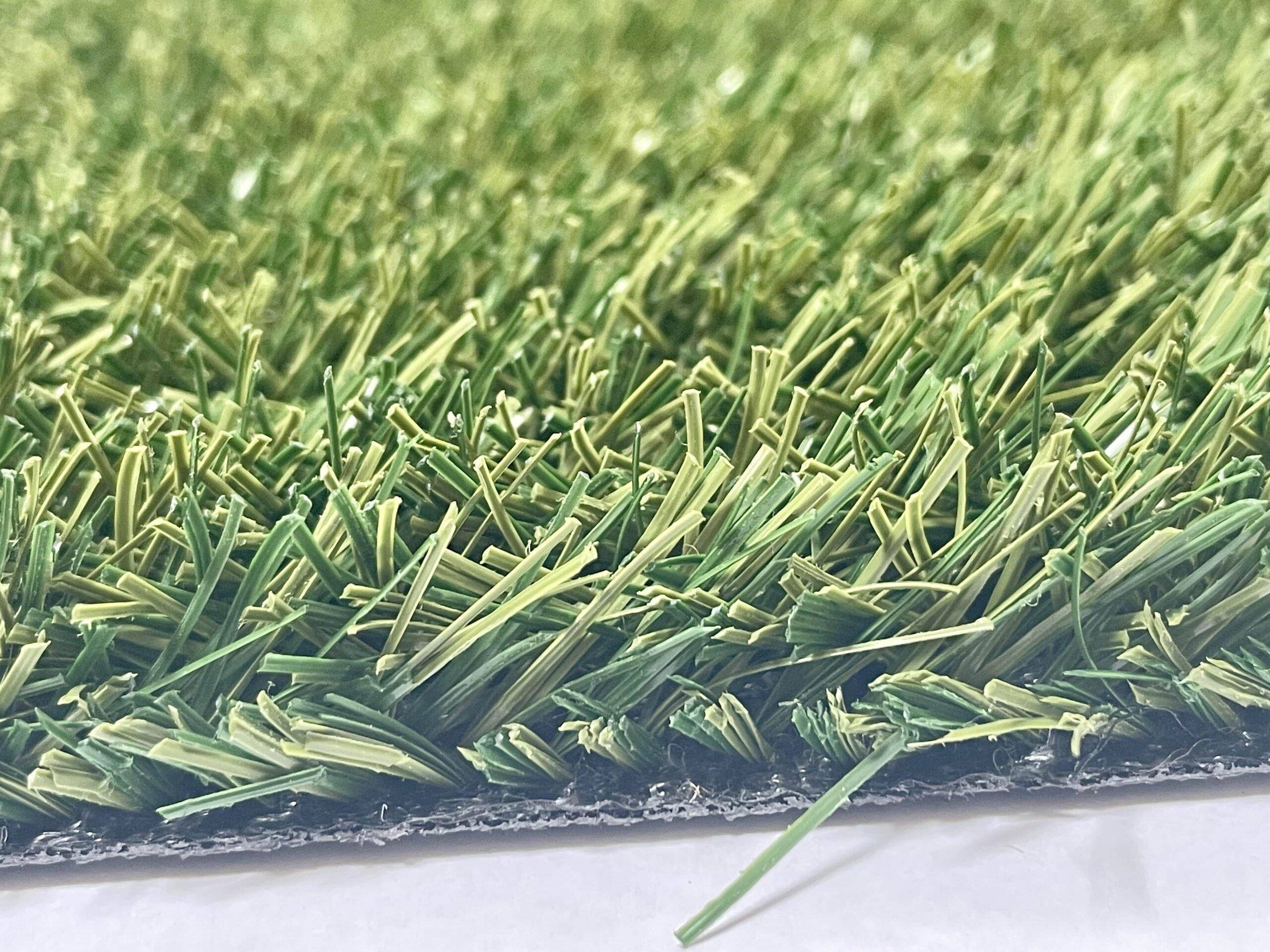 Sztuczna trawa – jak czytać parametry?