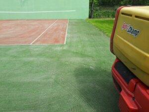 Konserwacja sztucznej trawy