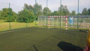 Konserwacja boisk ze sztuczną trawą